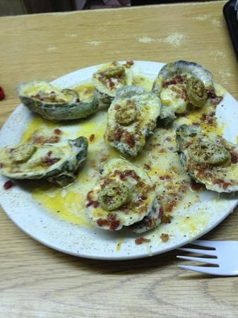 Gene's Oyster Bar : loaded baked oysters