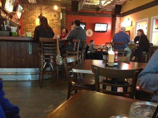 Tustin Roadhouse : Inside the restaurant