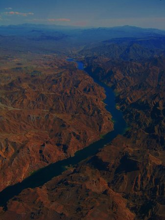 Grand Canyon Airlines - Grand Canyon National Park: On the way to the Grand Canyon