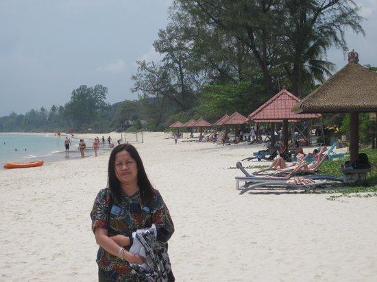 Bintan Lagoon Resort Golf Club: latar belakang Bintan Lagoon Hotel