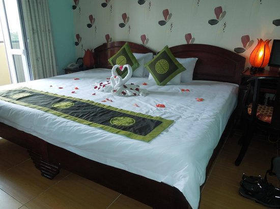 Hai Au Hotel: Lovely touch to the bed setting