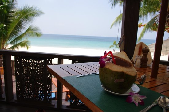 Andaman White Beach Resort: More ocean views from one of the open air restaurants