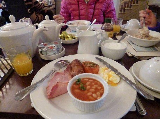 ライムツリーホテル ロンドン, 英国式朝食