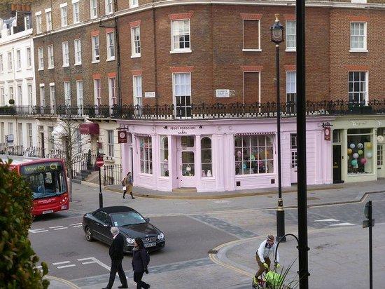 ライムツリーホテル ロンドン, 四つ角のかわいいお菓子屋さん