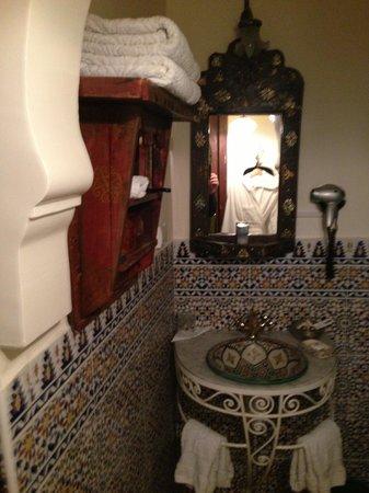 Riad Dar El Kebira : Bathroom