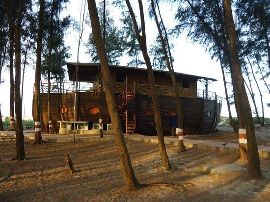 Mtdc Resort Tarkarli Bamboo Boat House