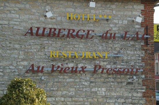 Auberge du Lac : la facade