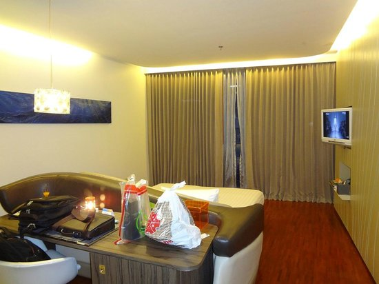 Hotel Baraquda Pattaya - MGallery by Sofitel: Deluxe Suite (Single Floor)