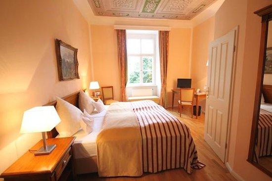 Hotel Schloss Burgellern: Komfort Doppelzimmer