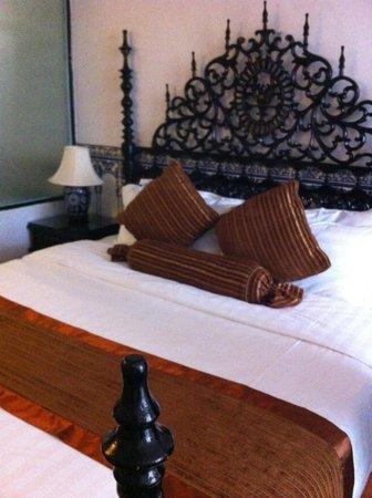 Pousada de Coloane Beach Hotel & Restaurant: our bed