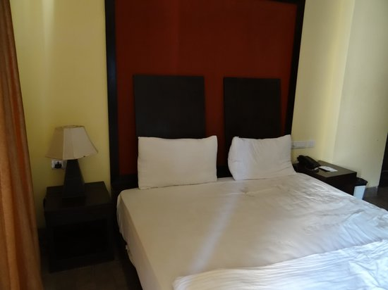 FabHotel La Flamingo Calangute: room