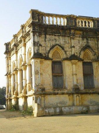 Devpur Homestay Kutch: Sola khamba room from outside
