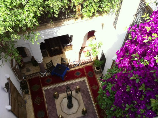 Riad Dar Eliane courtyard