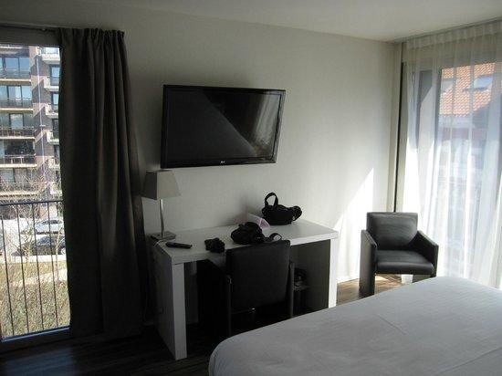 Royal Astrid Hotel : Vue du lit