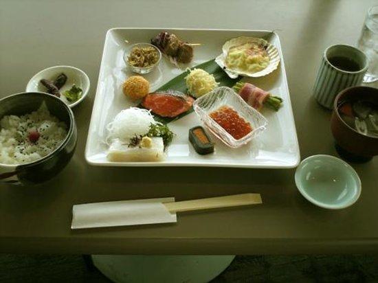 Restaurant Genova: 函館山展望台レストランジェノバ_和風弁当