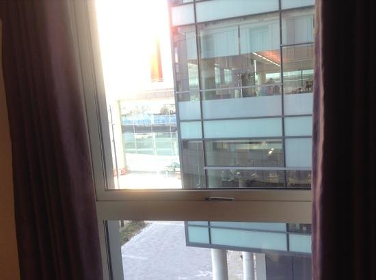 The Heart Apartments - MediaCityUK: this is how horrible the privacy is