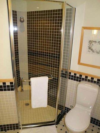 Swissotel Sydney: Bathroom