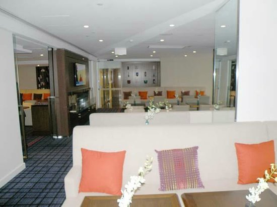 Swissotel Sydney: Club Lounge