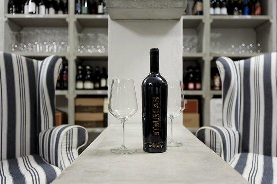 Italy Small Vineyards: Dettagli - Details