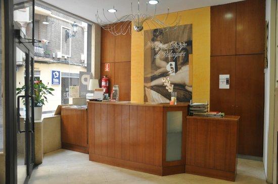Hotel Don Diego De Velazquez: Recepción