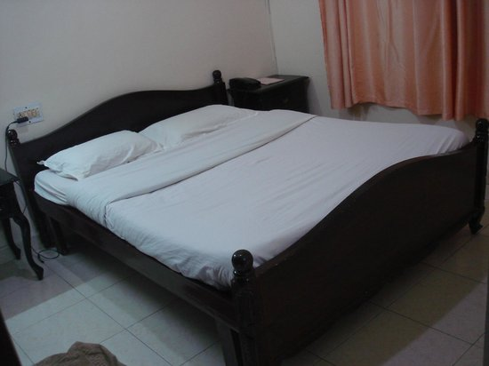 Hotel Lakeview: The bed room