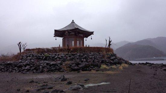 Shiki no Yado Fujisan: 六角堂です