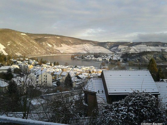 ‪‪Boppard Hotel Ohm Patt‬: Snow covered Boppard‬