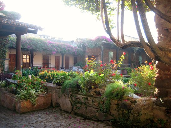 Hotel Posada de Don Rodrigo: Verso la colazione