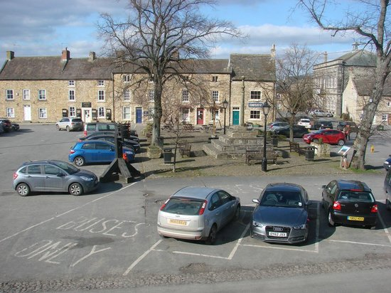 Kings Head Hotel Masham: View from the room