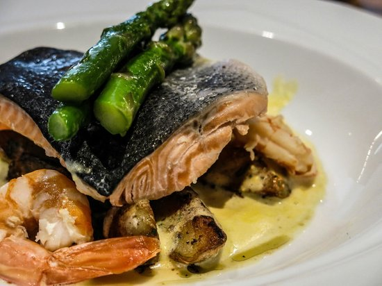 The Exchange : Salmon and prawns