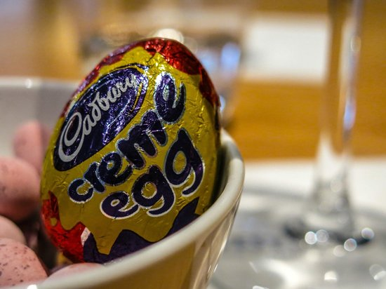 The Exchange : Easter Eggs
