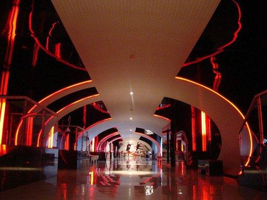 big cinemas ebony lounge mumbai