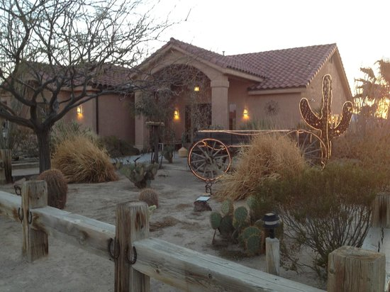 Stagecoach Trails Guest Ranch: The dining hall