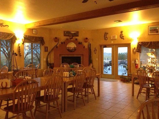 Stagecoach Trails Guest Ranch : The dining hall