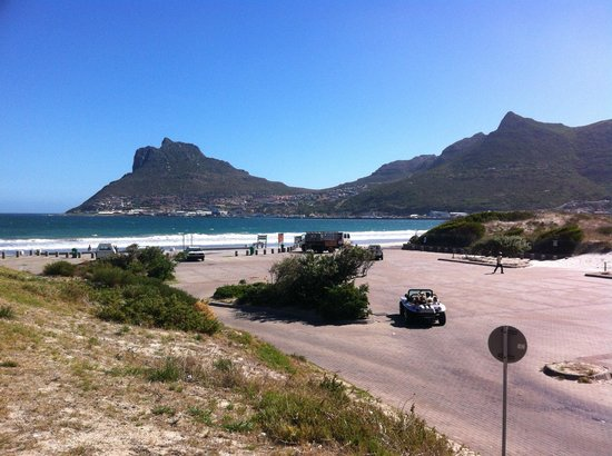Chapmans Peak Hotel Restaurant: The view of Hout Bay