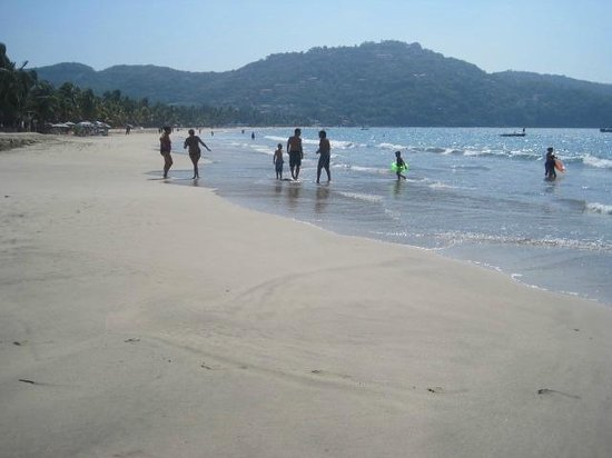 Playa la Ropa: lovely laropa beach