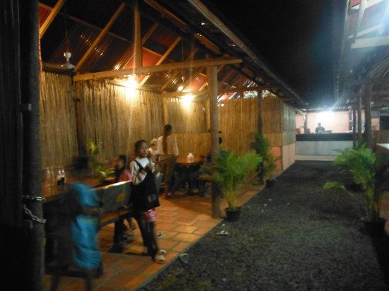 Run Amok!: Family Restaurant, Family Friendly