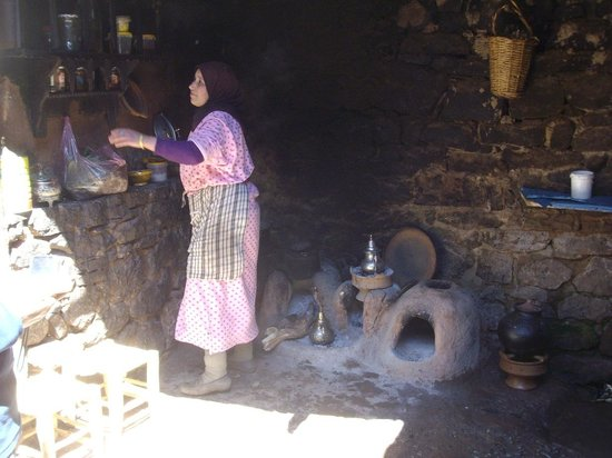 Setti Fatma et les 7 Cascades: la cuisine de la maison Berbère