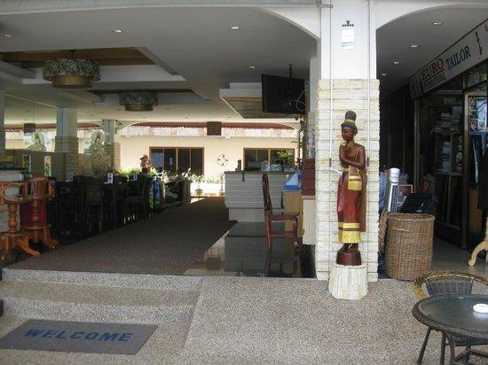 Baan Boa Resort: Ingången