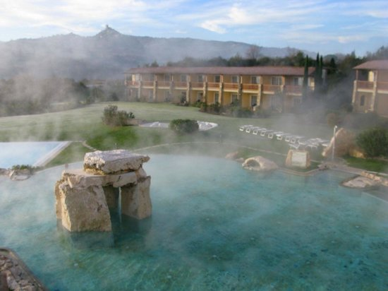 Piscina termale - Picture of Hotel Adler Thermae Spa & Relax Resort ...