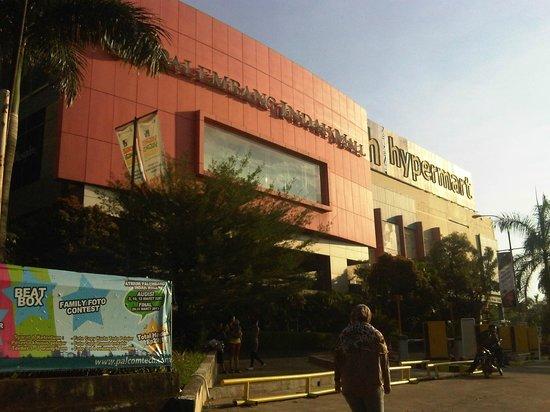 Penginapan ip: PIM >>Palembang Indah Mall