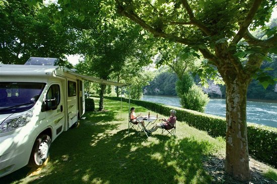Domaine de Soleil Plage: Camping en bord de Dordogne