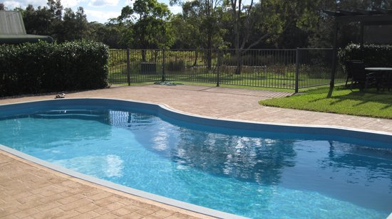 Hermitage Lodge: The pool