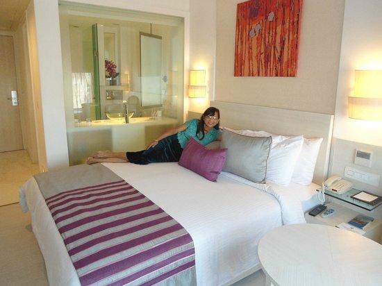 The Ashtan Sarovar Portico: our room -301
