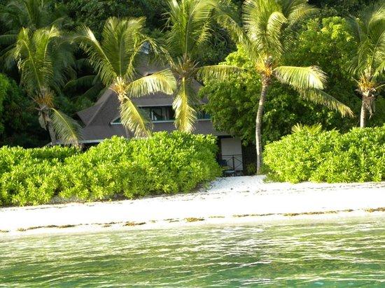 New Emerald Cove: Les logements vus de la plage