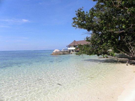 New Emerald Cove: le petit ponton de l'hôtel