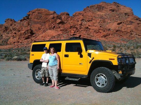 Desert Fox Hummer Tours: Touring around in the yellow hummer!
