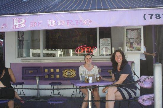 La B de Burro: outdoor seating