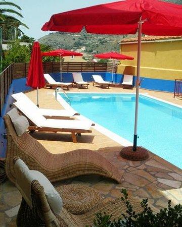 Greka Ionian Suites: Pool