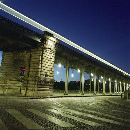 Cities at Dawn Photography Workshops: Paris at Dawn